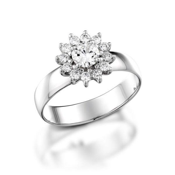 תמונה של טבעת אירוסין פרח יהלומים
